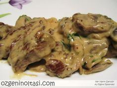 Tenderloin with Mushroom Sauce- Mantar Soslu Bonfile Tenderloin with Mushroom Sauce - Beef And Mushroom Recipe, Mushroom Recipes Indian, Mushroom Sauce, Meat Recipes, Appetizer Recipes, Crockpot Recipes, Vegetarian Recipes, Healthy Recipes, Dinner Recipes
