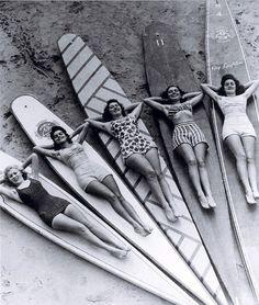 Vintage Surfer Girls 1930's Manly Beach (Sidney, Australia)