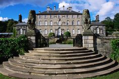 1685 - 1750 Bach: Pollok House on the southside of the city was built in 1752