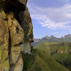 South Africa - Lesotho - Maloti-Drakensberg Park - ©OUR PLACE / GEOFF MASON
