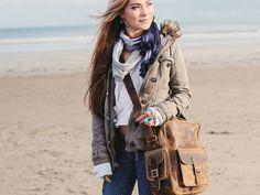 Scaramanga Vintage Leather Flight Bag 1. £84.50
