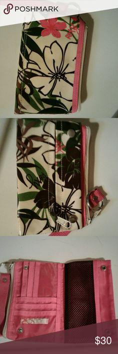Roxy clutch Pink nylon fold open organizer Roxy Bags Clutches & Wristlets