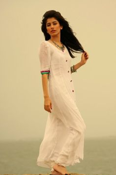 White kurta, linen, cotton, simple - syra yousuf