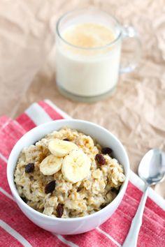 Making This Healthy Eggnog Oatmeal Is Easy as 1, 2, 3 (Ingredients)!