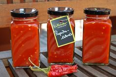 Paprikalekvár Eat Pray Love, Ketchup, Cooking Recipes, Stuffed Peppers, Food, Chili, Pickling, Cooker Recipes, Chili Powder