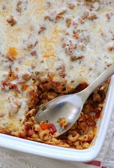 This super easy macaroni casserole is a baked pasta dish with ground turkey, veggies, marinara sauce and cheese. Kid-friendly and no need to pre-cook the pasta!
