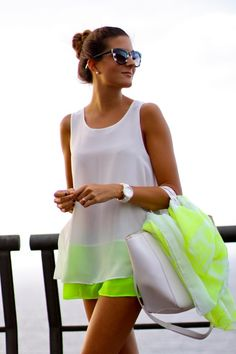 Marilyn's Closet - FASHION BLOG: Loving White