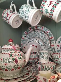 Christmas Joy 8.5 inch Plate, 10.5 inch Plate, Cake Plate, French Bowl and 0.5 Pint Mug (Christmas 2014) Discontinued