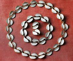 Produktbilde Scandinavian Design, Vintage Jewelry, Jewelry Design, Chain, Diamond, Diamonds, Nordic Design, Vintage Jewellery, Chain Drive