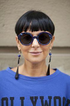 """Mi chiamo Sandra Bacci, ho 46 anni, insegno matematica e sono una fashion blogger. """"…Coltiviamo un sorriso che sia come la nostra vita: vario, diverso, armonioso e generoso…"""" http://www.smilingischic.com #blogger #iomivestocosilucca"""