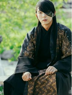 Lee joon gi as Prince Wang so ❤