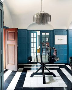A heritage home in the historic Johannesburg suburb of Westcliff has been given fresh life for the next generation via a sensitive restoration. Entrance Table, Interior Design Process, Space Frame, Interiors Magazine, Change, Wide Plank, Plank Flooring, Maine House, Home