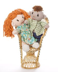 """Martha and craft expert and editor Meg Leder (""""Happy Gloves"""") make adorable boy and girl glove dolls, a charming craft and perfect present for kids. Part 1."""