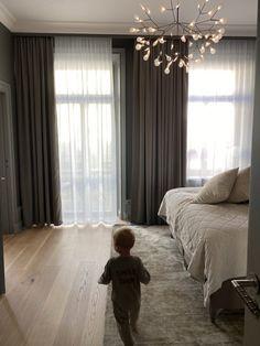 Home Bedroom, Modern Bedroom, Bedroom Decor, Black Bedroom Design, Muji Home, Home Interior Design, Room Interior, Elegant Homes, Luxurious Bedrooms