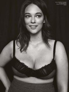Gorgeous Jennie Runk