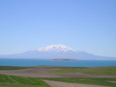 VAN LAKE AND SUPHAN MOUNTAIN