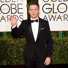 Hold Up — What Did Jeremy Renner Say to J Lo at the Golden Globes?