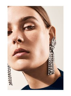Vogue Spain July 2016 Vera Van Erp by Hasse Nielsen - Fashion Editorials - Jewelry Jewelry Editorial, Beauty Editorial, Editorial Fashion, Vogue Editorial, Vogue Photography, Jewelry Photography, Lund, Ze Garcia, Fashion Necklace