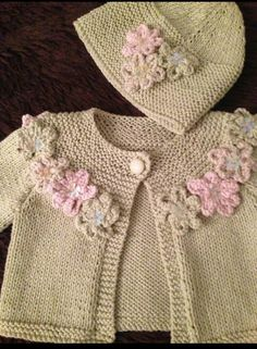 "Flower Cardigan and Hat ""month old girl jacket and matching beanie"" Baby Knitting Patterns, Knitting For Kids, Baby Patterns, Hand Knitting, Crochet Patterns, Cotton Gloves, Lace Gloves, Pull Bebe, Knitted Baby Cardigan"