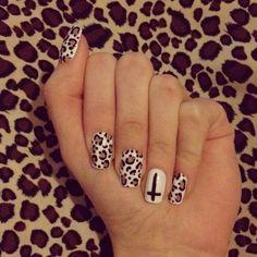 hot cheetah nails :)