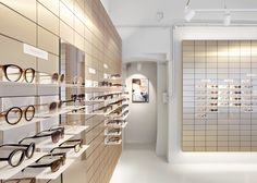 Viu eyewear creates gallery-like space for its Vienna flagship store - Harriet Gardiner Retail Store Design, Retail Shop, Retail Displays, Shop Displays, Merchandising Displays, Window Displays, Eyewear Shop, Glass Store, Optical Shop