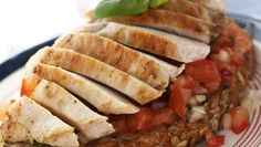 Foto: Synnøve Dreyer/Opplysningskontoret for kjøtt og egg Bruschetta, Frisk, Wrap Sandwiches, Meatloaf, Tacos, Pork, Eggs, Beef, Ethnic Recipes
