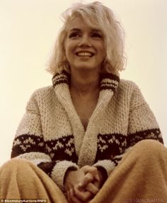 The last photos ever taken of Marilyn Monroe. The photos were taken July 13th, 1962 at the Santa Monica beach by Monroe's close friend George Barris. So much gorgeousness.
