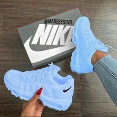 25 Women Shoes For Teens Nike Shoes blue nike sneakers Nike Shoes Blue, Nike Air Shoes, Blue Nike, Sneakers Nike, Nike Trainers, Sneakers Women, Purple Sneakers, Nike Shoes Outfits, Baby Blue Shoes