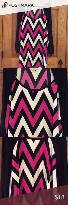 Black white pink chevron Tunic style top. Black pink and white chevron stripe. 3/4 length sleeve. Reposh not my style. Never worn. Made in usa Moa Moa Tops Tunics