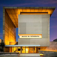 Architecturenow post✔ • • • FORTALEZA PHOTOGRAPHY MUSEUM Architects Marcus Novais Arquitetura Location R. Frederico Borges, 545 - Varjota, Fortaleza, Brazil Authors Marcus Novais, Lucas Novais Architects in Charge Yuri Praça, Thiago Baêtas Project Team Fernando Araújo, Daphny Xavier, Renato Oliveira, Andrinne Araújo, Marcela Craveiro Area 1940.0 sqm Project Year 2017 Photographs Celso Oliveira, Igor Ribeiro • • • #architecture #arquitectura #House #design #offices #architect #arquitecto…