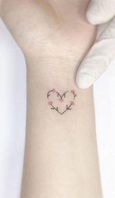 Decorate With Murals and Wall Tattoos Mini Tattoos, Foot Tattoos, New Tattoos, Small Tattoos, Tatoos, Small Feminine Tattoos, Delicate Tattoos For Women, Subtle Tattoos, Pretty Tattoos
