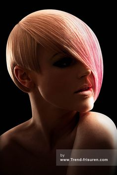TRACEY HUGHES Kurze Blonde weiblich Gerade Farbige Multi-tonalen Frauen Haarschnitt Frisuren hairstyles