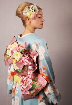 Floral Hair Clip, FlorEsta Long Island City NY #kimono #kanzashi