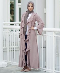 d5ac348612d43 9 Best Abayah images | Abayas, Muslim Fashion, Dressing up