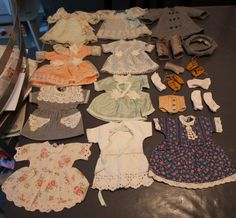 LOT Vêtements Anciens Poupée Bleuette | eBay
