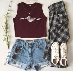would totally wear this... if I had those clothes ☺ ✿  ☻