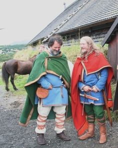 From the blog of Nille Glæsel, one of the goddesses of Viking costuming.  She's a Dane who now lives in Lofoten (Norway).