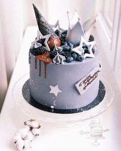79 Amazing Cake Inspiration For Special Celebration - Hair and Beauty eye makeup Ideas To Try - Nail Art Design Ideas Number Birthday Cakes, Beautiful Birthday Cakes, 21st Birthday Cakes, Bithday Cake, Candy Cakes, Types Of Cakes, Drip Cakes, Occasion Cakes, Pretty Cakes