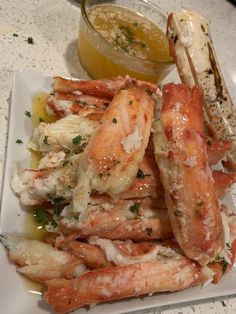 Cracked King Crab w Cajun Butter Seafood Dishes, Seafood Recipes, Cooking Recipes, Think Food, I Love Food, Crab Legs Recipe, Food Obsession, Food Goals, Aesthetic Food
