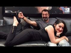 Sanjay Dutt and wife Manyata have clicked some very cute pics together. Check them out now!