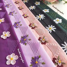 26 İşlemeli Bohça Namaz Örtüsü İğne Oyası Modeli Thread Art, Needle And Thread, Fabric Painting, Embroidery Designs, Sewing, Instagram, Flowers, Bees, Painting On Fabric