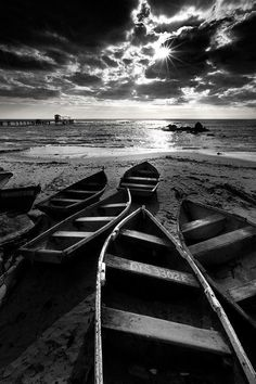 Boats on the beach photo | Black And White Photography