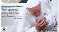 Resultado de imagem para papa francisco rezando