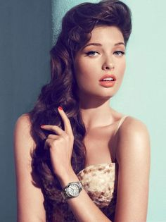 love her vintage hair + flicks + peachy lipstick