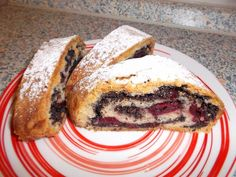 Kysnutý závin s makom a višňami Pancakes, Sandwiches, Breakfast, Food, Morning Coffee, Essen, Pancake, Meals, Paninis