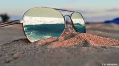 GIPHY is your top source for the best & newest GIFs & Animated Stickers online. Find everything from funny GIFs, reaction GIFs, unique GIFs and more. Sunglasses Store, Cheap Ray Ban Sunglasses, Mirrored Sunglasses, Beach Sunglasses, Summer Gif, Summer Beach, Summer Days, Cinemagraph, Animation