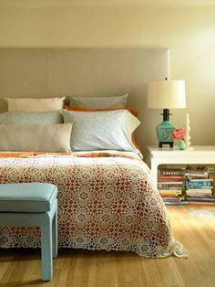 Just so vintage lovely bedroom..