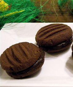 Chocolate Pistachio Kisses