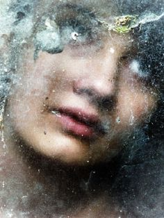 Mysterious portraits by Henri Senders, photography, photo art, women, behind windows, dutch photographer, netherlands, models, intuition, innovative, unique