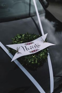 Auto - Svatební inspirace | Beremese.cz Our Wedding, Dream Wedding, Bridal Car, Wedding Car Decorations, Green Rose, Wedding Planning, Bouquet, Wedding Inspiration, Anniversary